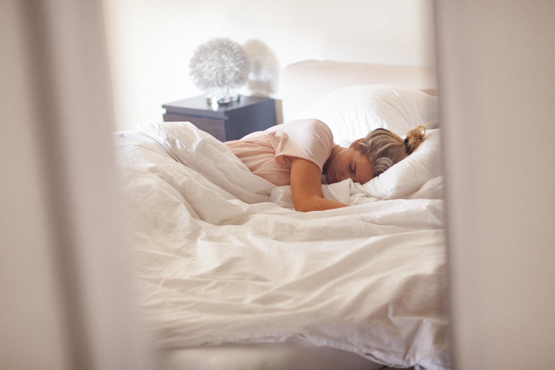 positions de sommeil qui vous font perdre du poids brûleur de graisse fitmiss